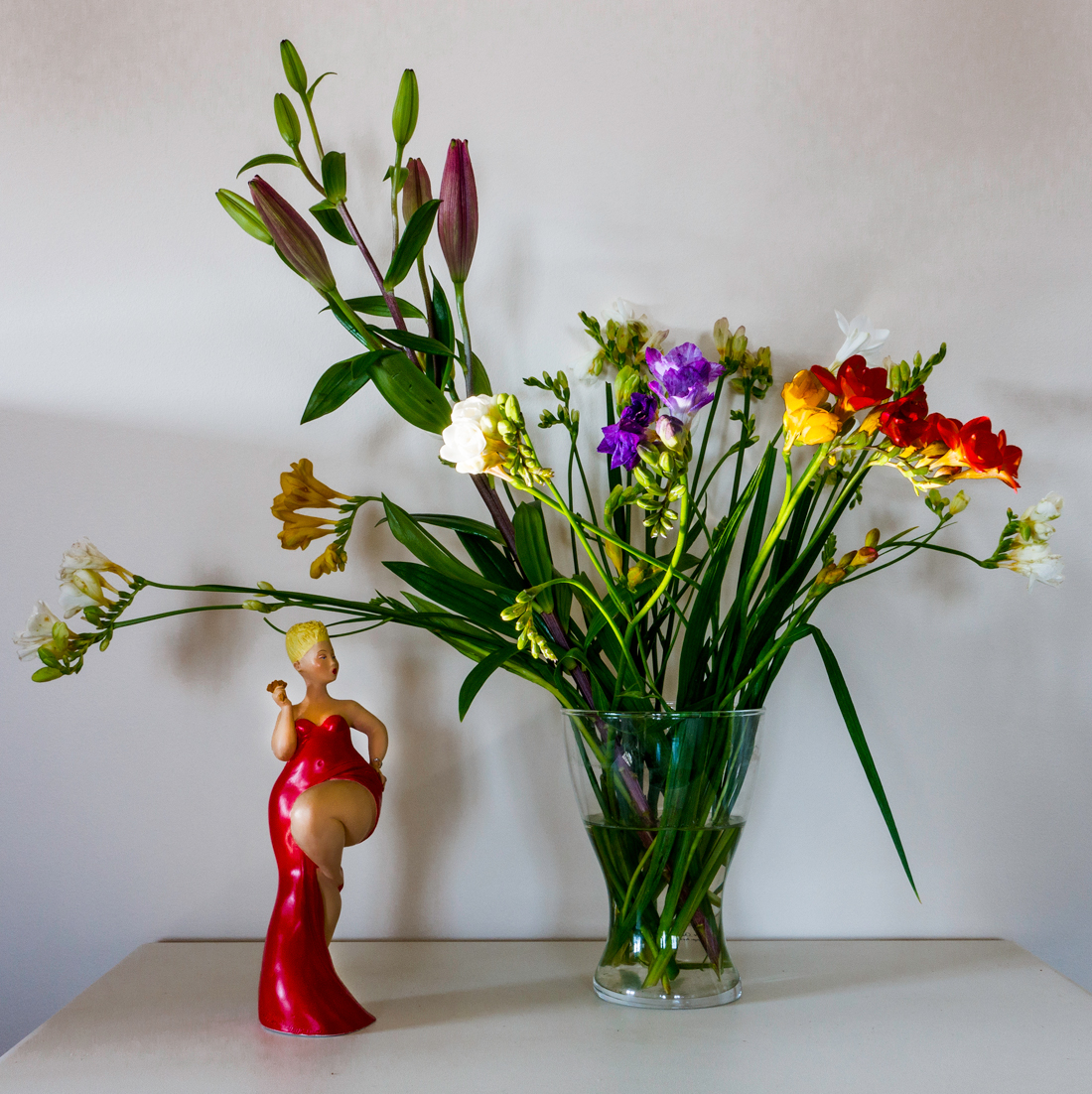 Flowers and red fat Woman