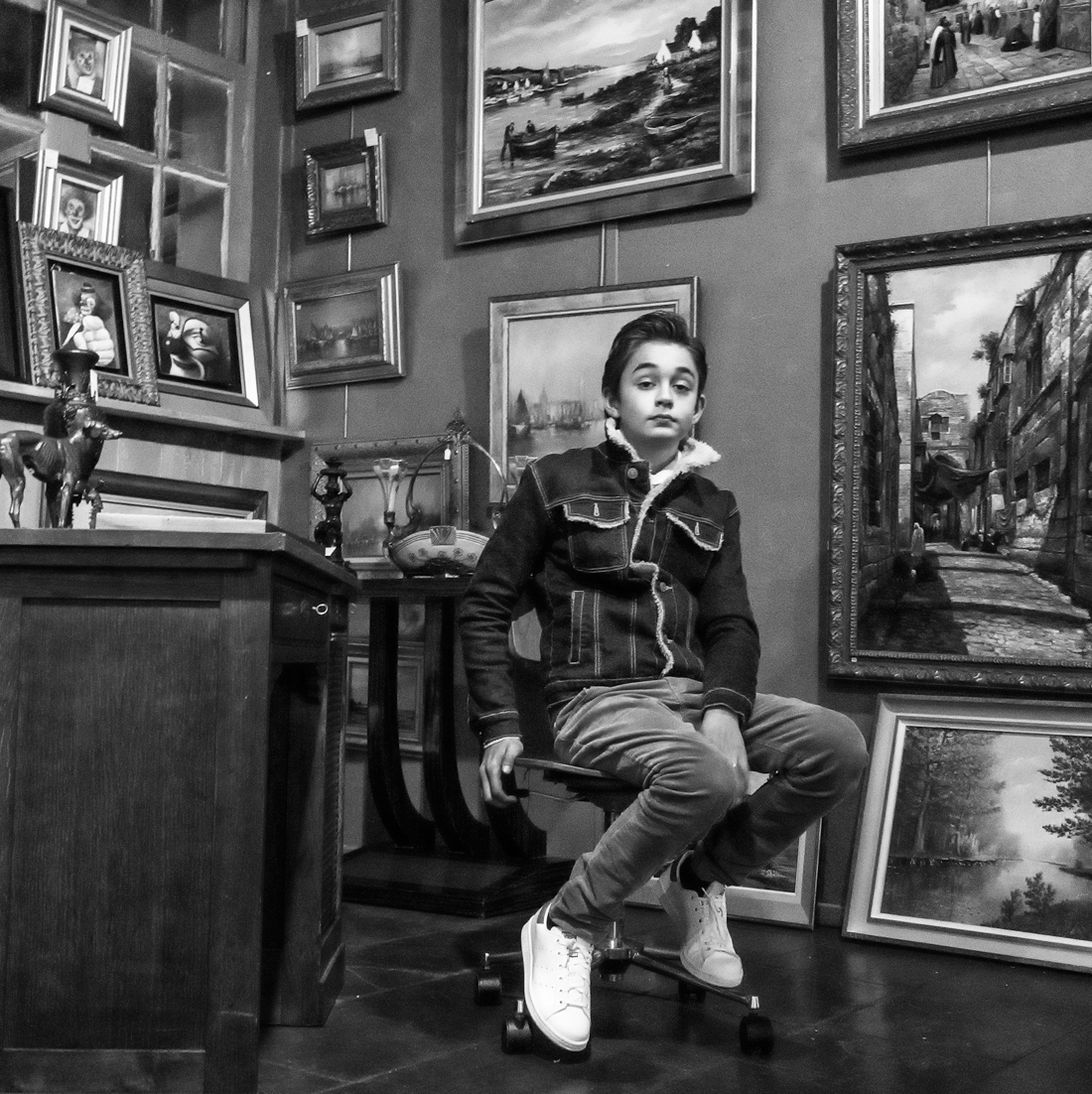 Young Galerist